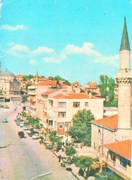 Eski İzzet Baysal Caddesi